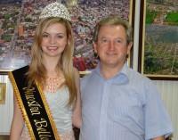 Prefeito Renato recebe visita de Miss Nuestra Beleza