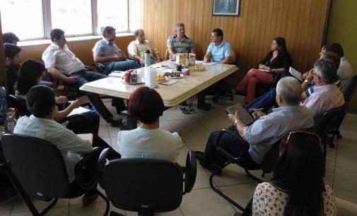 Reunião define comissão para avaliar proposta da Sanepar
