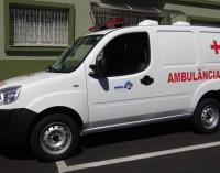 Santa Cruz do Timbó recebe ambulância nova