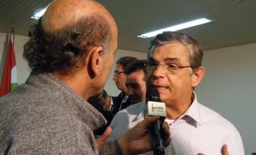 Governador Eduardo Pinho Moreira visita Porto União e libera 1,5 milhão
