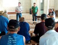 Prefeito Antonio realiza reunião na comunidade do Rio D´Areia