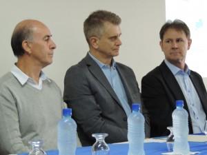 Da esquerda para a direita, o prefeito de Porto União Anízio de Souza, o presidnete do Sebae Ortigara e o vice-prefeito de Porto União Aloisio Salvatti Foto: Marciel Borges