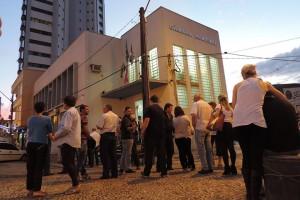 Imagem da frente da Câmara de Vereadores de União da Vitória, após a reunião de segunda-feira, 21 Foto: Marciel Borges/ Rádio Colmeia