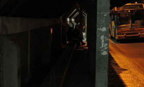 Comunidade reclama da falta de iluminação no Terminal Urbano de União da Vitória
