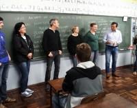 Alunos concluem curso de Auxiliar Administrativo em Cruz Machado