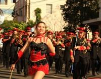 Entidades parabenizam Porto União em um grande desfile