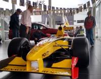 Carro de F1 está em exposição na De Marco