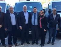 Beto Richa entrega duas ambulâncias para a região