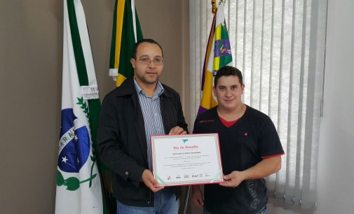 Bituruna recebe certificado do Dia do Desafio 2015