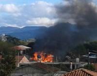 Incêndio destrói casa no São Joaquim