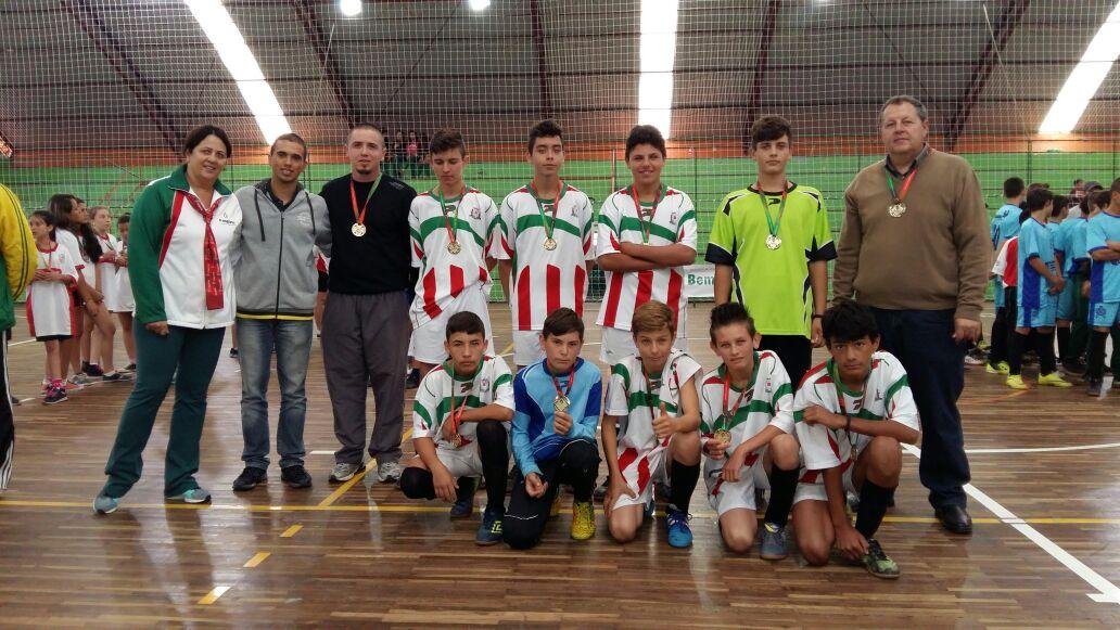 Na foto o 1ª lugar futsal masculino - EEB Luiz Davet Foo: Divulgação