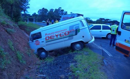Acidente deixa três feridos na BR 280