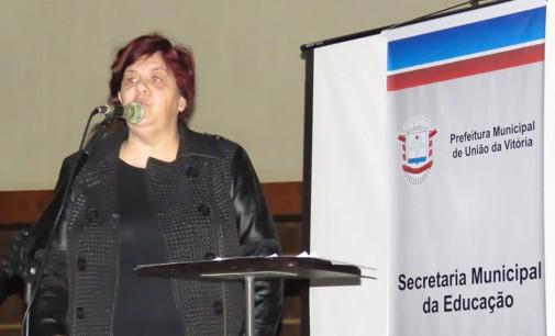 Sandra Leão fica no comando da Educação de U.V.A