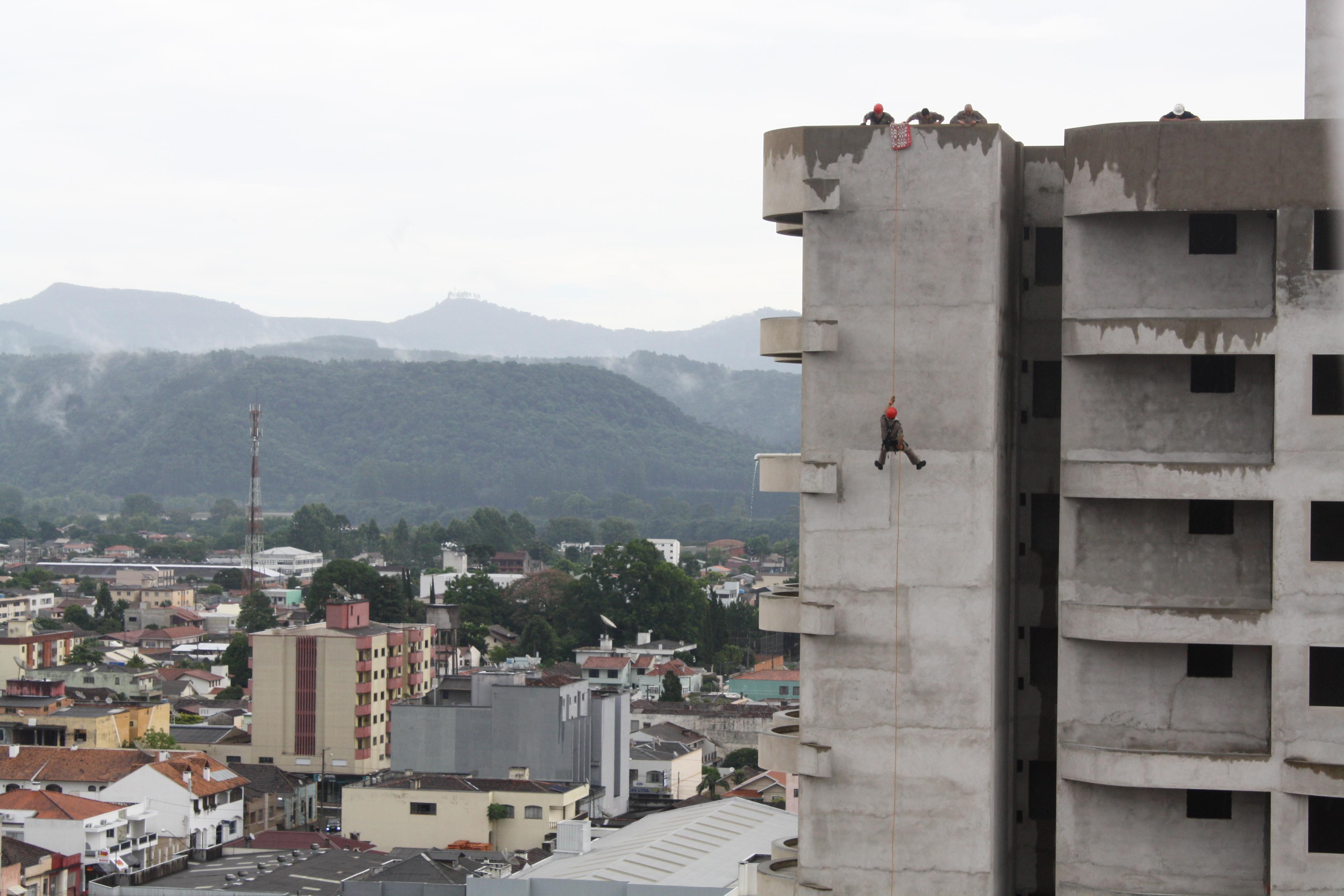 O treinamento aconteceu no prédio na área central de União da Vitória. Foto: Marciel Borges/ Rádio Colmeia