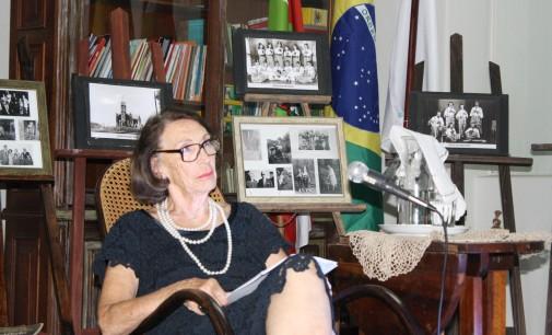 Avós com voz com Therezinha Wolf e o Carnaval