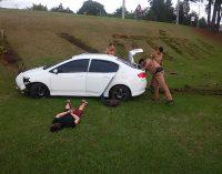 Adolescentes são apreendidos após roubo de carro