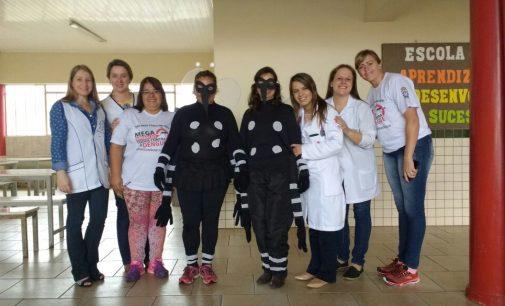 Escolas Estaduais recebem palestras sobre a Dengue