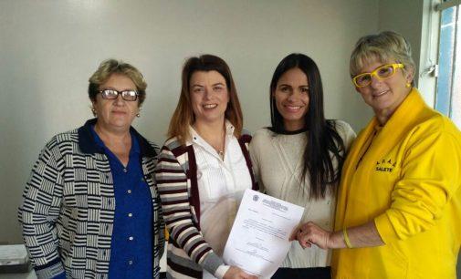 CMDCA doa equipamentos para a Delegacia da Mulher de UVA