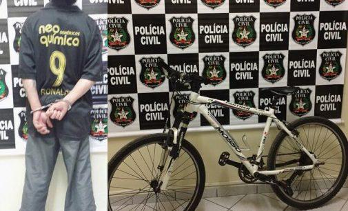Homem é preso por furto de bicicleta