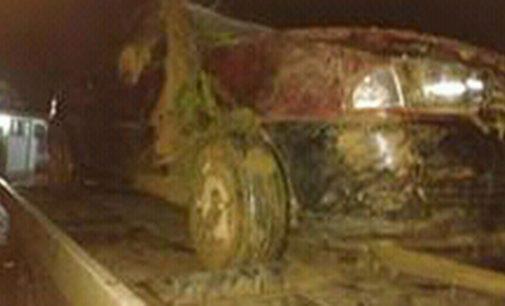 Veículo capota na SC 135 em Matos Costa