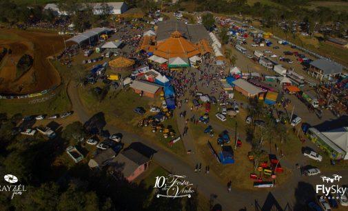 30 mil pessoas prestigiam a 10ª Festa do Vinho de Bituruna