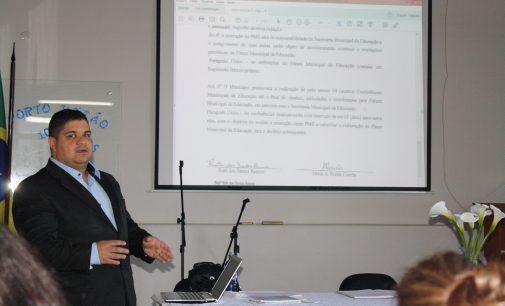 Fórum da Educação de PU realiza reunião de ação