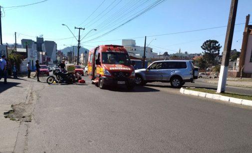 Motociclista fica ferido em acidente no centro de PU