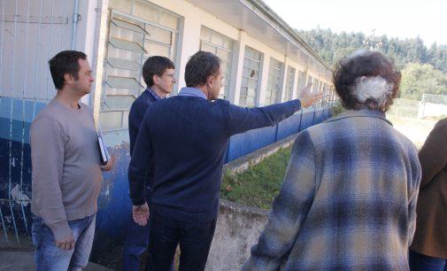 Prefeito Eliseu Mibach determina reformas nas escolas