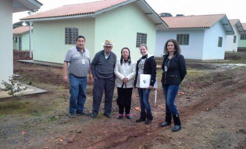 Cohapar de UVA apresenta novas casas aos moradores