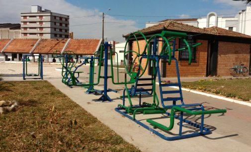 População já pode utilizar a academia ao ar livre na Estação União