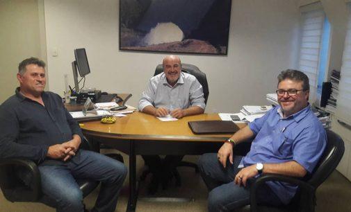Prefeito Raul participa de reunião na Casan