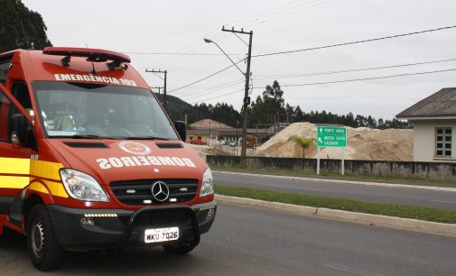 Acidente na BR 280 deixa dois feridos