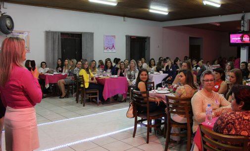 """Jantar Solidário abre """"Outubro Rosa"""" em Bituruna"""