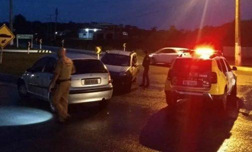 PM e PRF registram acidente no trevo de Paulo Frontin