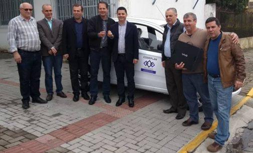 Porto União recebe veículo da Codeplan