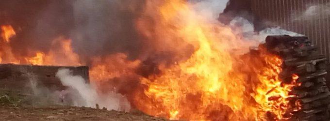 Incêndio destrói depósito de ervateira em Cruz Machado