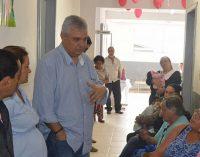 Prefeito Luis Otávio visita Postos de Saúde