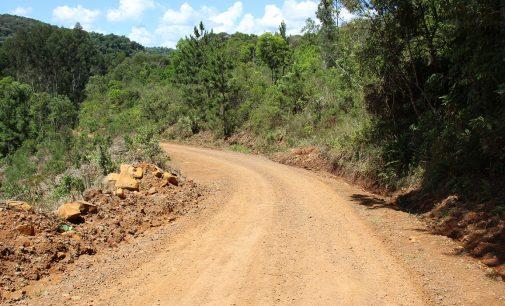 Bituruna recupera mais de três mil quilômetros de estradas