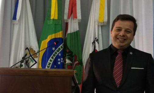 Christian Martins é eleito presidente da Câmara de PU