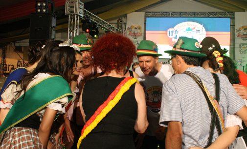 Está aberta a 11ª Festa Nacional do Xixo e do Steinhaeger