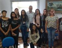 Alunos visitam Prefeitura de General Carneiro