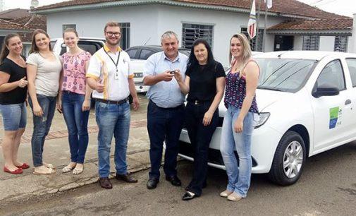 Assistência Social de Paulo Frontin recebe novo veículo