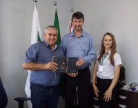 Equipe da Cresol visita o prefeito de Paulo Frontin