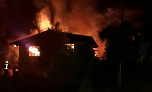Incêndio destrói residência em Porto União