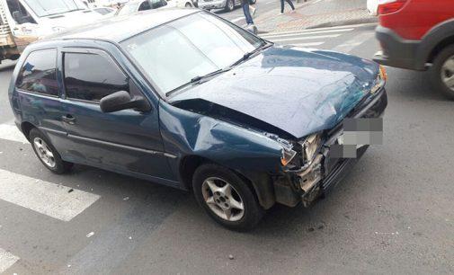 Acidente na avenida Manoel Ribas