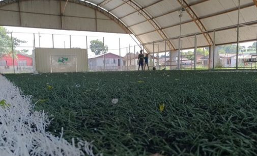 Bairro Limeira ganha Mini-Arena do Governo do Paraná