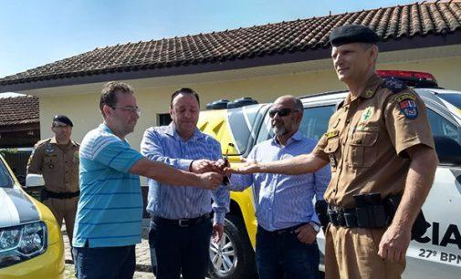 Deputado Hussein entrega duas novas viaturas para o 27º BPM