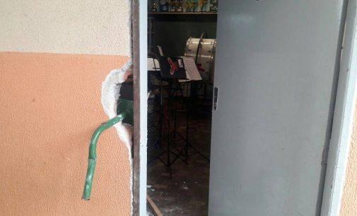 Instrumentos musicais são roubados da Banda Faber