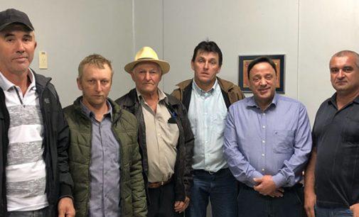 Agricultores de Cruz Machado buscam apoio para investimentos