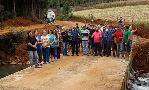 Comunidade do Rosário ganha duas novas pontes